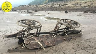 When This Oregon Lake Dried Up In 2015, The Relics Of An Eerie Ghost Town Emerged