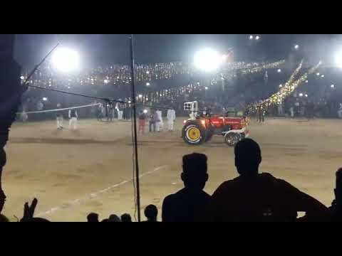 Happy mahla stunt
