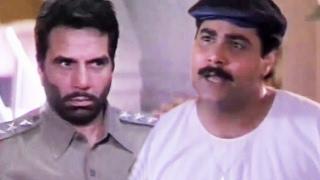 Dharmendra Stops illegal activities of Satish Shah - Main Balwaan - Comedy Scene 4/8