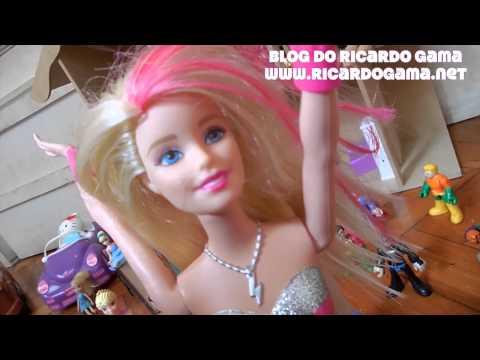 Homem de Ferro Barbie Super Princesa Pink Hulk e Peppa Pig e família brincando com papai e filha