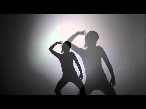 Pulsa La Pussy Music Selector & The Dancing Queens dj Show