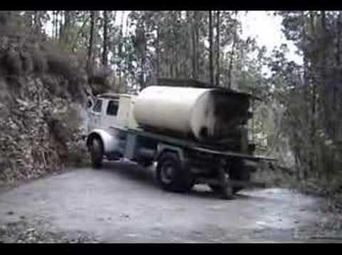 Maniobra camion Pegaso.