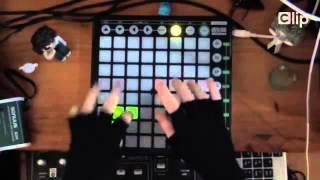 DJ cực hay ''Gentleman'' phiên bản điện tử