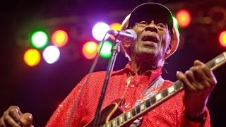 Legendary musician Chuck Berry dies at 90