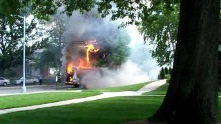 mini Bus... LARGE fire