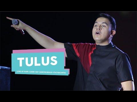 [HD] Tulus - Ruang Sendiri (Live at Kopi Good Day, Amongrogo Yogyakarta 2017)