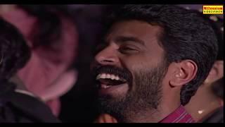 ബസ്സ്റ്റോപ്പിൽ മിമിക്രി കാണിക്കുന്ന പൂവാലനായ മിമിക്രിക്കാർ | Film Award Show | Latest Stage Shows