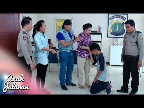 Emak Bersedih Ian Ditahan Oleh Polisi [Anak Jalanan] [11 September 2016]