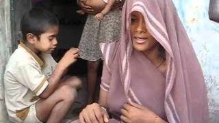 Breastfeeding: Voice of mother in village in UP.wmv