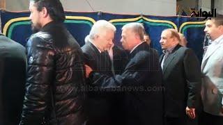 """استقبال حار من رئيس الزمالك لـ""""حسن حمدي"""" في عزاء الثعلب"""