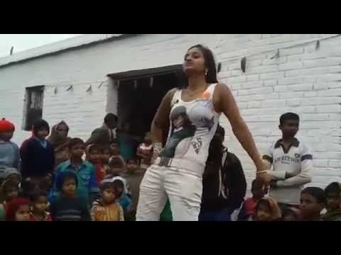 SUPPER HIT Village Sexy Girl || Hindi Song Pardesi Mujhe Tu Loot Gaya Dance