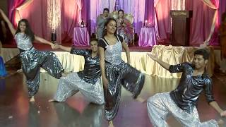 Bollywood Dance - An Indian Wedding Toronto Videographer Photographer