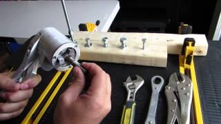 Adjustable Ratcheting Socket Tool