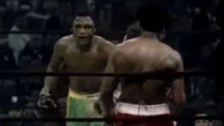 Muhammad Ali vs. Joe Frazier - I - Highlights! *HD* [Fight of the Century!]