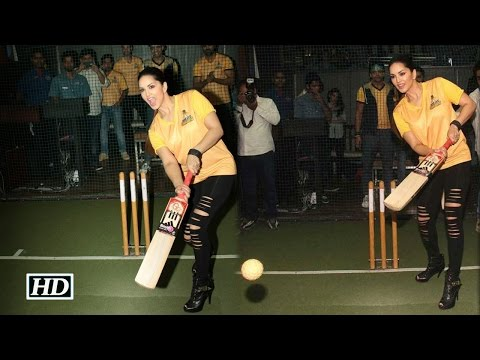 Sunny Leone Hits SIX during a Cricket Match!