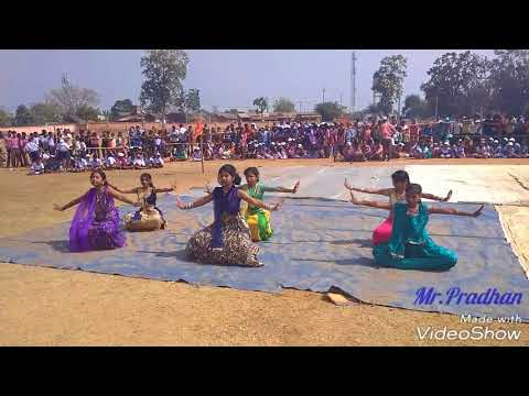 Xxx Mp4 Jis Desh Mein Ganga Behti Hai Dance Performed By The Students Of DAV Public School Khamar 3gp Sex
