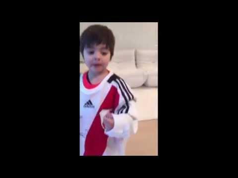 Xxx Mp4 El Hijo De Shakira Y Piqué Fanático De River 3gp Sex