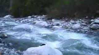 ngintip cewe mandi di sungai