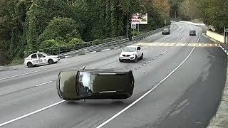 Best of Russian Driving Fails 2018