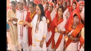 Durga Puja: Transgenders offer prayers for cyclone Titli victims