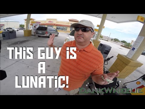 watch Road Rage - Guy Picks A Fight For No Reason