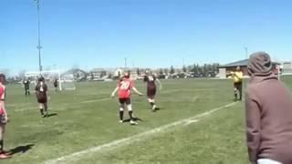 مضاربة بنات داخل الملعب مضحك ,, Funny Girls Soccer Fight