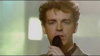 Pet Shop Boys - Domino Dancing