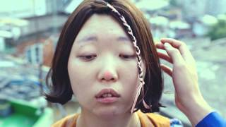 The Power Of Makeup (Korean Commercial For Mom's Touch Burgers)