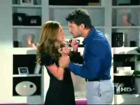 Tatiana y Benjamin hacen el amor telenovela Alguien te mira