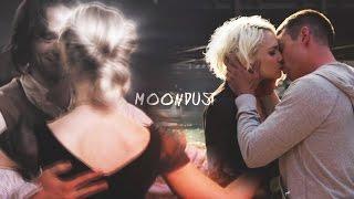 Moondust    Multicouples
