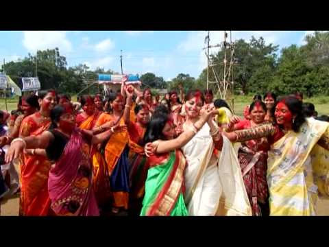 subha saradiar bijoya dasami te sindur khela mahila brinda dance bankura w.b india 2013