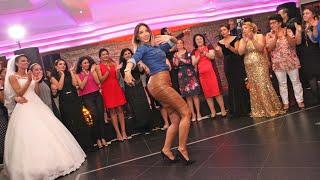 Belly Dance, Düğünde Oryantal, roman havasi رقص شرقى    10million views HD beckum palace Hengelo
