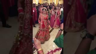 Sapna song par dulhan ne kiya dance