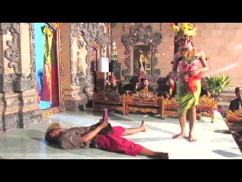 Xxx Mp4 Joget BUMBUNG Bali SUPER LUCU Balinese HOT Dance 🔥 TERBARU ● Full HD 3gp Sex