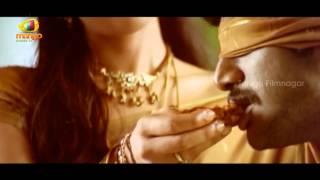 Reema Sen feeding Vishal - Prema Chadarangam Movie Scenes - Vishal, Vivek