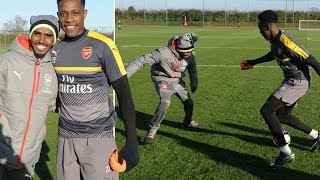 Arsenal fan Mo Farah goes head-to-head with Danny Welbeck as forward pushes for FA Cup