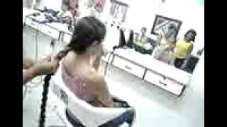 Brazilian girl cut her long braid at the beauty salon