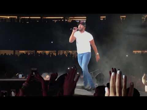 Luke Bryan At Dodger Stadium Opening
