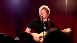 Ed Sheeran Perform at iHeart Radio Music Awards 2014