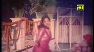 Bangla Movie Song from Bangla Movie Tumi hajar fuler majha