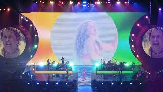 Shakira - La Bicicleta (feat. Carlos Vives) [El Dorado World Tour in Washington, DC]