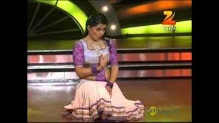 Eka Peksha Ek Apsara Aali July 30 '13 - Prarthana Behere
