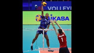 The perfect volleyball spike dissection| Short video from Great spikers of volleyball of time