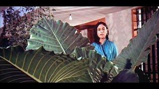 banake kyun bigada re bigada re naseeba- Zanjeer (1973)