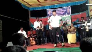 Sarinnodu Movie prasanna dance in allu arjun and Rakul preethi sing 2016 tittle song