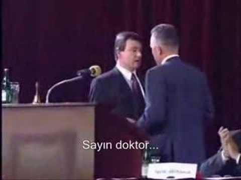 Sağlık bakanına doktordan dayak
