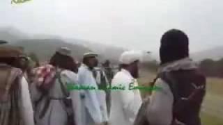 Pakistani coward Army surrender to Taliban in Waziristan 4 Dec 09.m4v