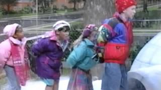 Snow in Igloo (Home Sweet Homes)