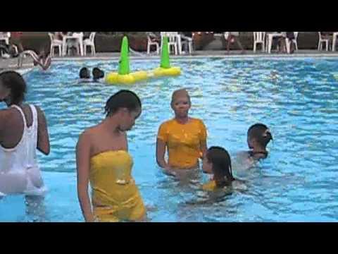 Dominicanas Pool Party Colibri Hotel 7 4 10