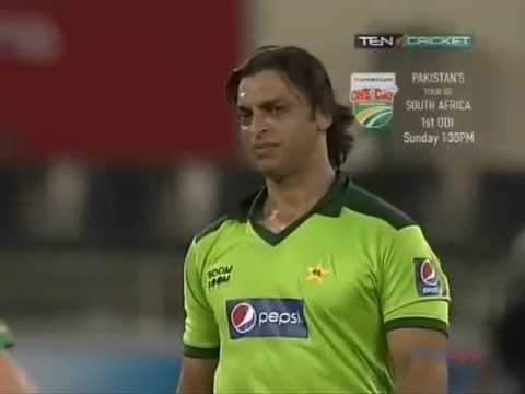 Xxx Mp4 Shoaib Akhtar Classic Hit The Batsman Then Bowl Him Out 3gp Sex